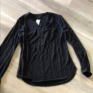 NWT Ann Taylor Black l/s blouse, size small